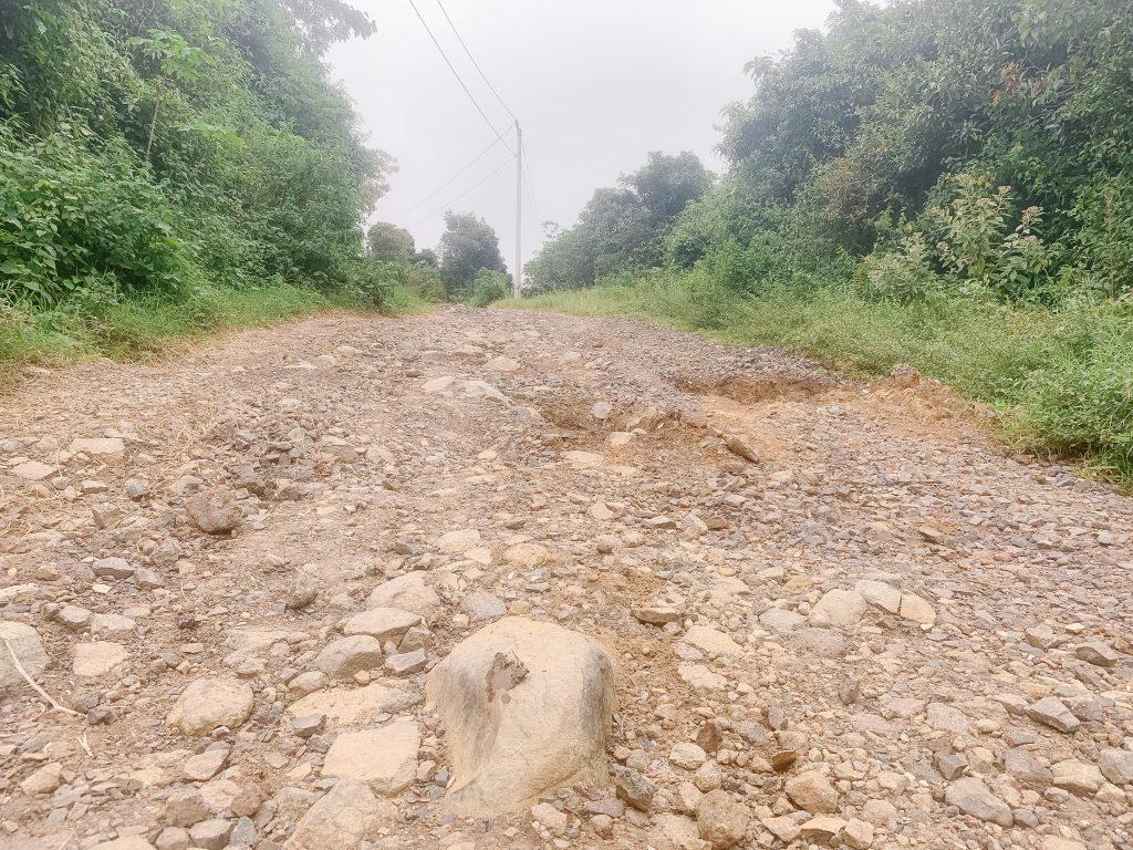 rough costa rican dirt roads